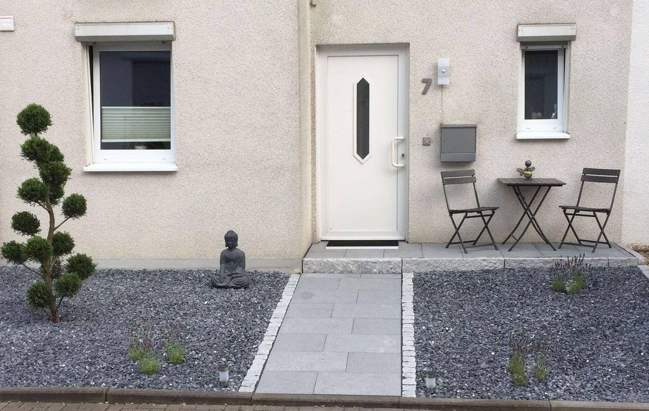 vorher nachher ihr gr nes zuhauseihr gr nes zuhause gartenlandschaftsbau. Black Bedroom Furniture Sets. Home Design Ideas